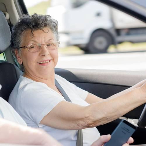 ¿Cuál es la edad máxima para sacarse el carné de conducir en España?