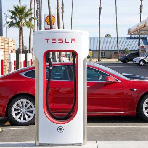 Tesla da un paso atrás con la tercera generación de supercargadores