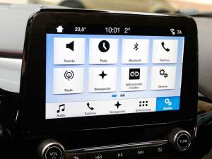 Ford Fiesta Titanium 1.5 TDCI 120 CV: pantalla táctil