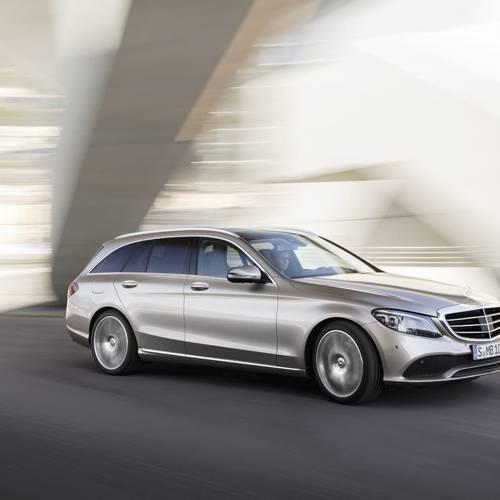 Mercedes-Benz llama a revisión a 774.000vehículos para actualizar el software