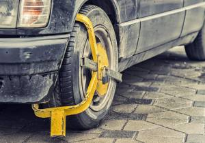 10 motivos por los que la policía podría inmovilizar tu coche