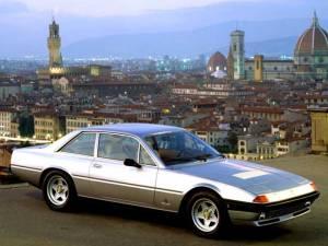 Ferrari 400 i