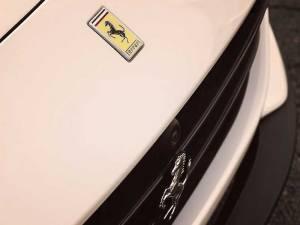 ¿Cuánto vale un Ferrari?
