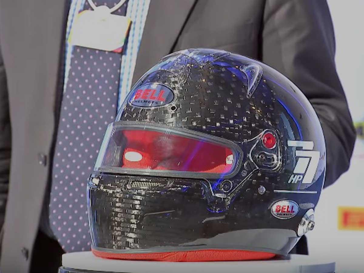 Presentación del nuevo casco de Fórmula 1