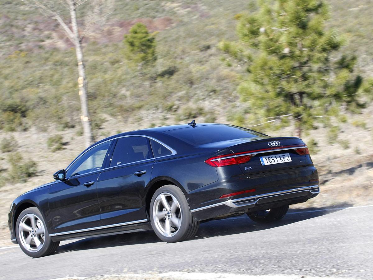 Audi A8 50