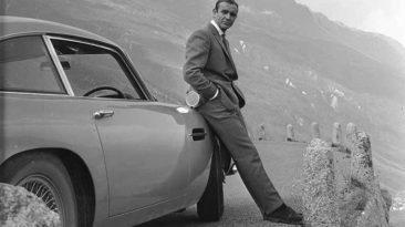 James Bond Apertura