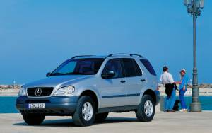 Mercedes-Benz Clase M 1997-2001