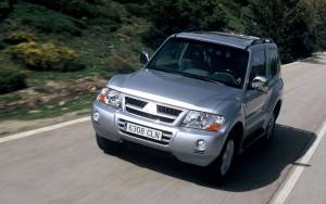 Mitsubishi Montero 1999-2006