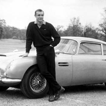 James Bond, el espía que crea historia con sus coches