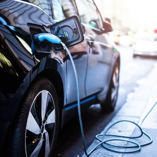 Los coches eléctricos, obligados a hacer ruido en 2019
