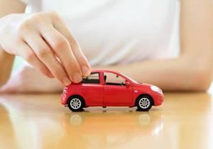 ¿En qué debo fijarme para evitar sorpresas con el seguro del coche?