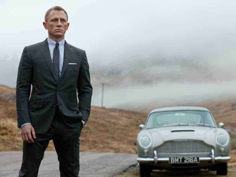 James Bond, el espía que hace historia con sus coches