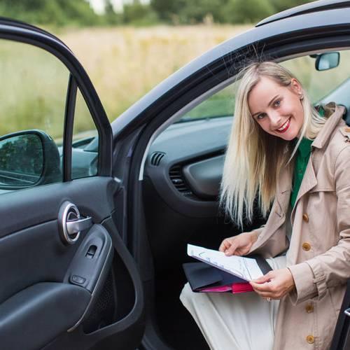 ¿Qué documentación necesitas para conducir en el extranjero?