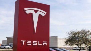 fábrica de Tesla en China. Tesla pérdidas financieras