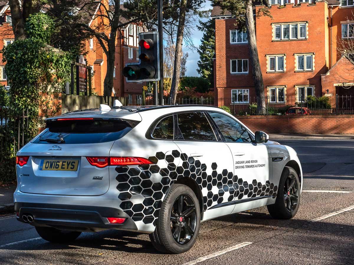 Coches conectados Jaguar Land Rover