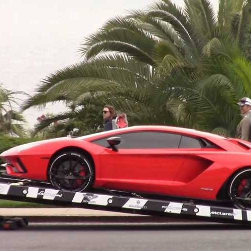 Justin Bieber recibe a domicilio su nuevo Lamborghini Aventador S