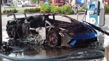 Prenden fuego a un Lamborghini Huracan en una gasolinera