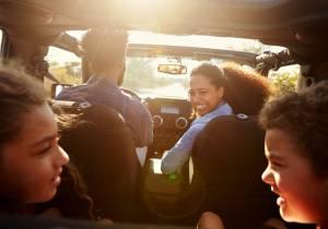 Viaja con niños de forma segura con estas recomendaciones