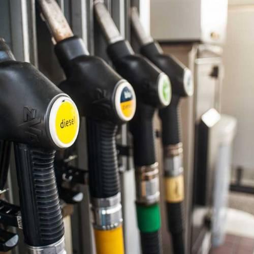 Sube el precio del combustible y aumentan las gasolineras 'low cost'