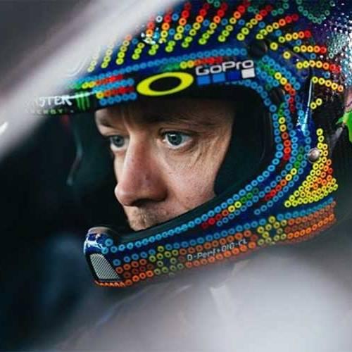 El padre de Valentino Rossi pone fecha a su llegada a las cuatro ruedas