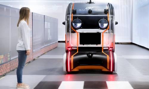Una mirada virtual aumentará la confianza de los peatones en los coches autónomos