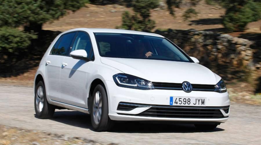 Ponemos a prueba el VW Golf 5p ADVANCE: una inversión segura