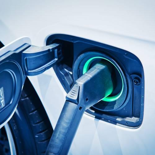 ¿Cuánto cuesta circular con un coche eléctrico?