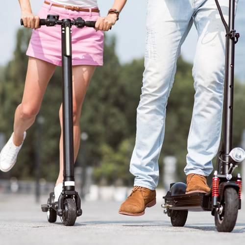 5 claves para circular de forma segura con bicis y patinetes eléctricos