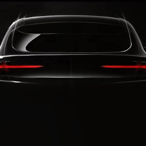 El primer coche eléctrico de Ford estará basado en el Mustang y será un SUV