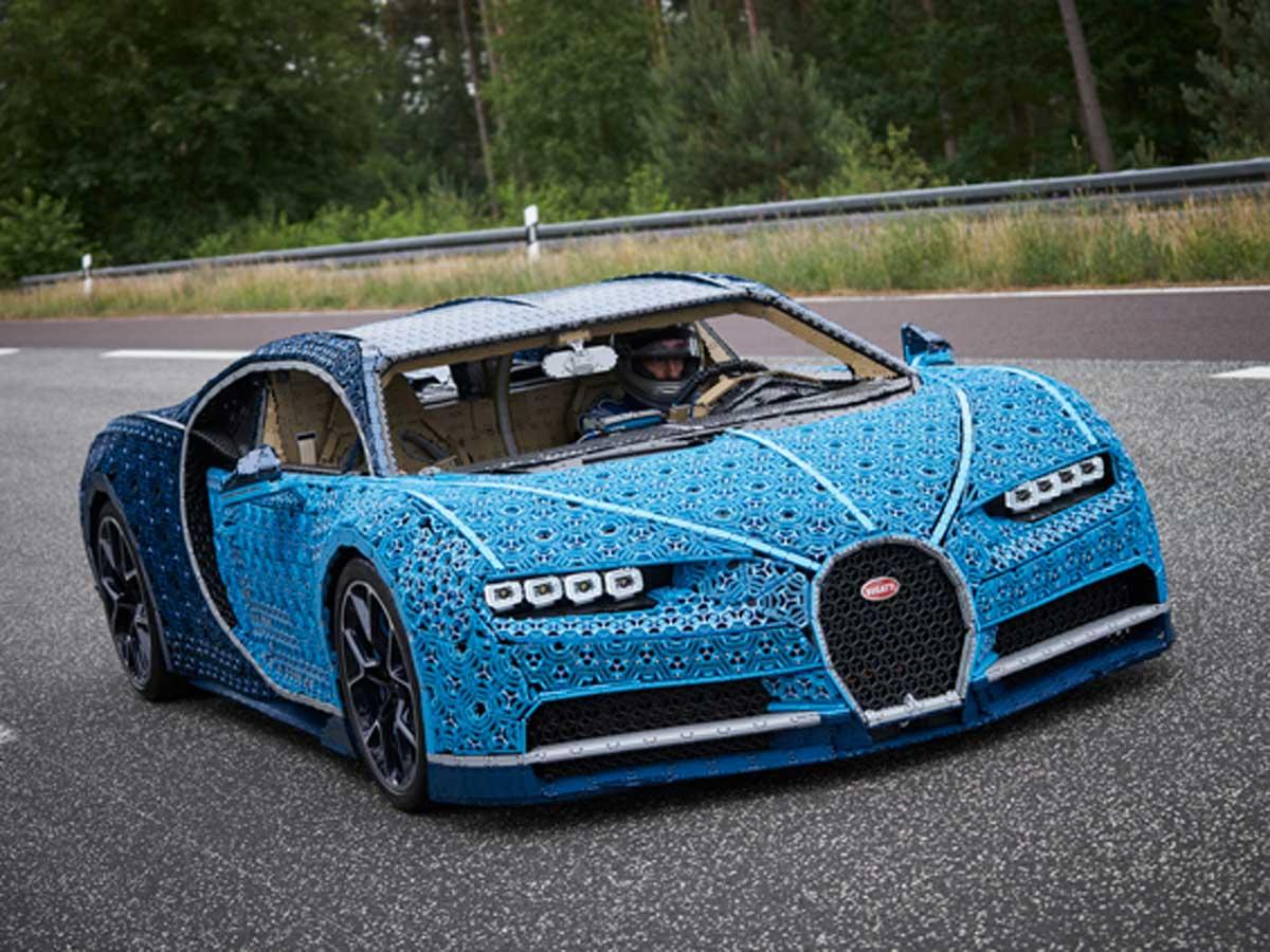 Bugatti Chiron de Lego a tamaño real
