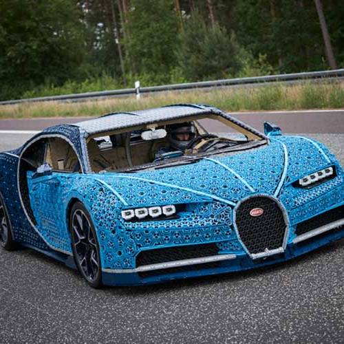 El Bugatti hecho con piezas de Lego que se puede conducir