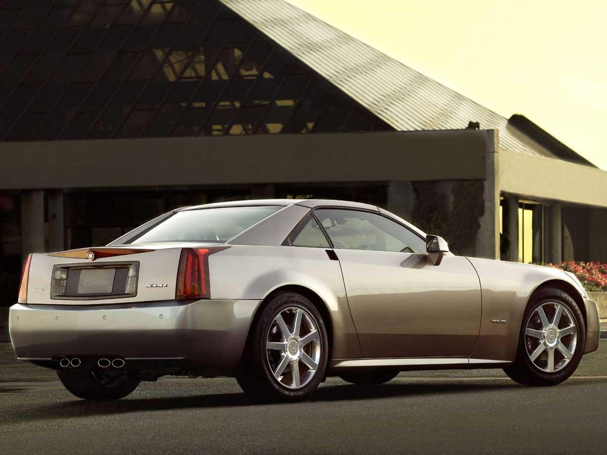 Cadillac XLR gris