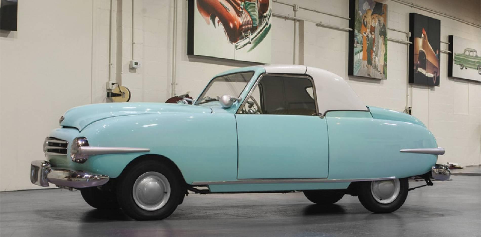 Sale a subasta el coche de Playboy original