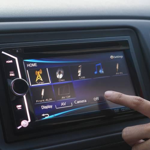 SEAT y Noveto prueban un nuevo sistema de sonido directo al oído