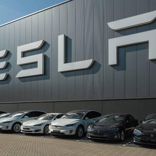 ¿Sólo venden coches? Conoce los otros productos de Tesla