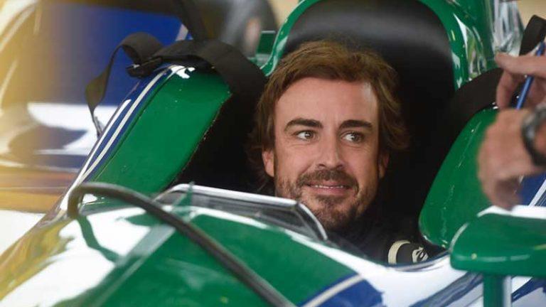Fernando Alonso explica cómo ha sido su test con el IndyCar