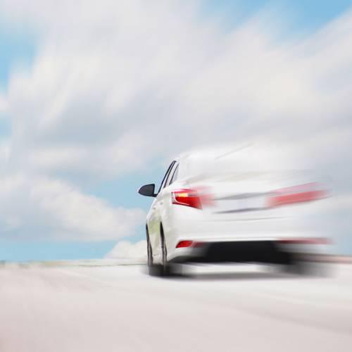 Conducir con viento: consejos para hacerlo con seguridad
