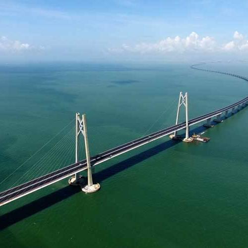 China abre al tráfico el puente más largo del mundo sobre el mar