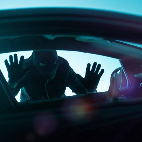 Consejos para saber si el coche que quieres comprar es robado