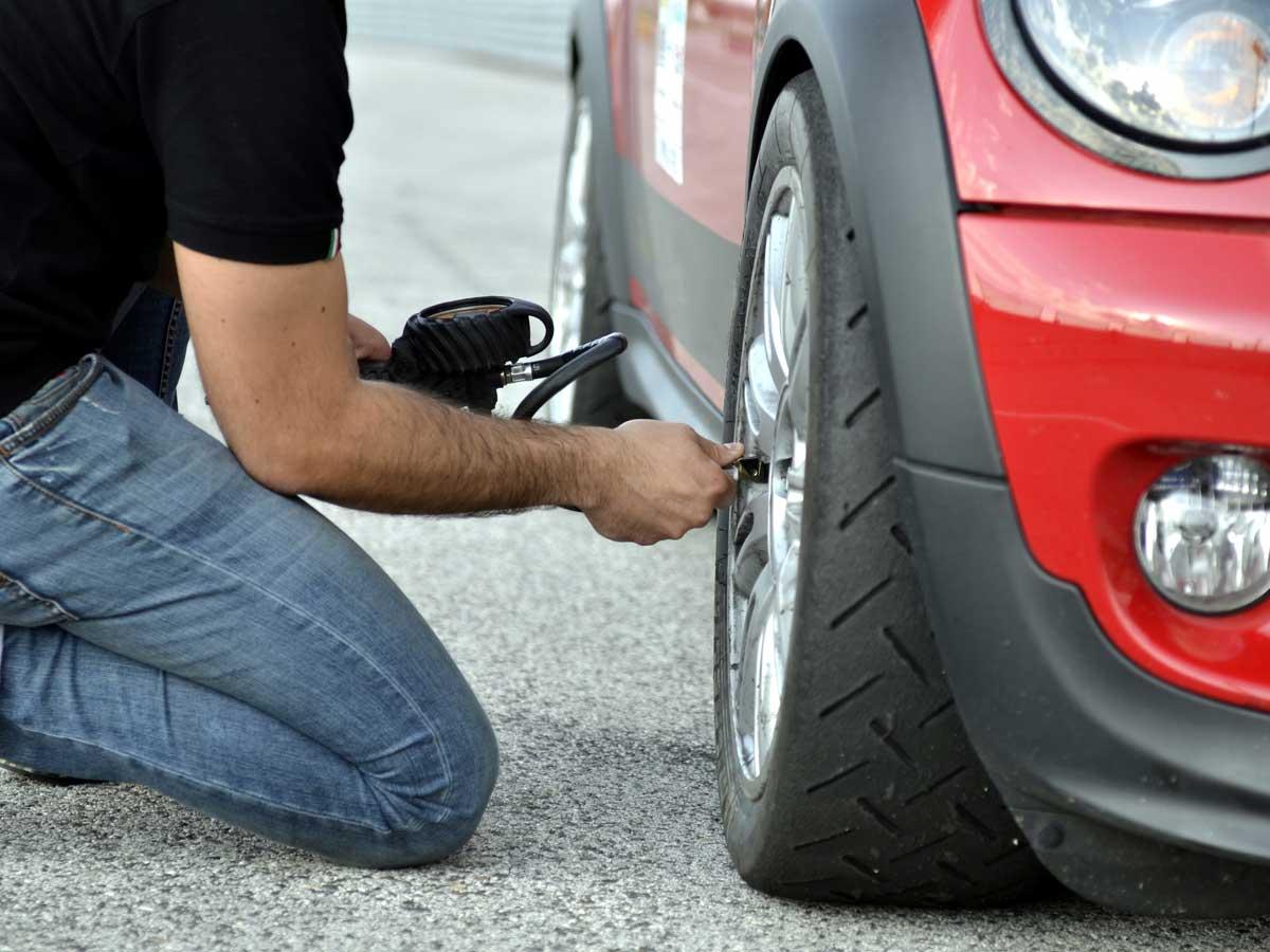 hinchar neumáticos