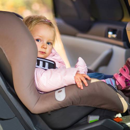 """El 25 % de las sillas infantiles para el coche se consideran """"muy insatisfactorias"""""""