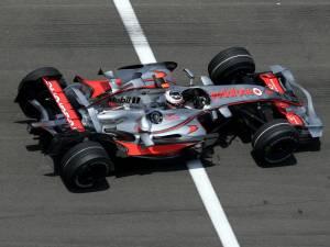 2007 - McLaren MP4-22