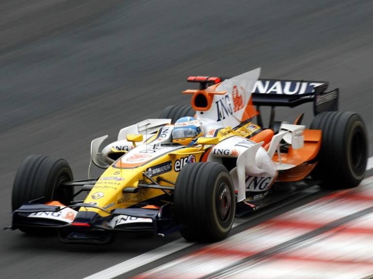 2008 - Renault R28