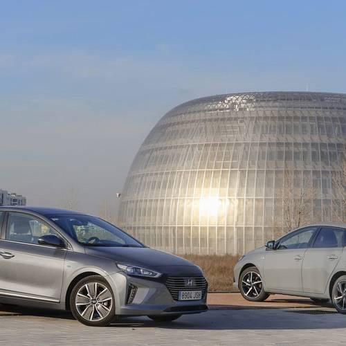 Toyota Auris vs Hyundai Ioniq, el viento sopla a favor