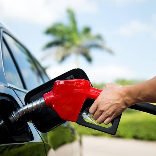 La gran desventaja de acabar con la venta de coches de combustión