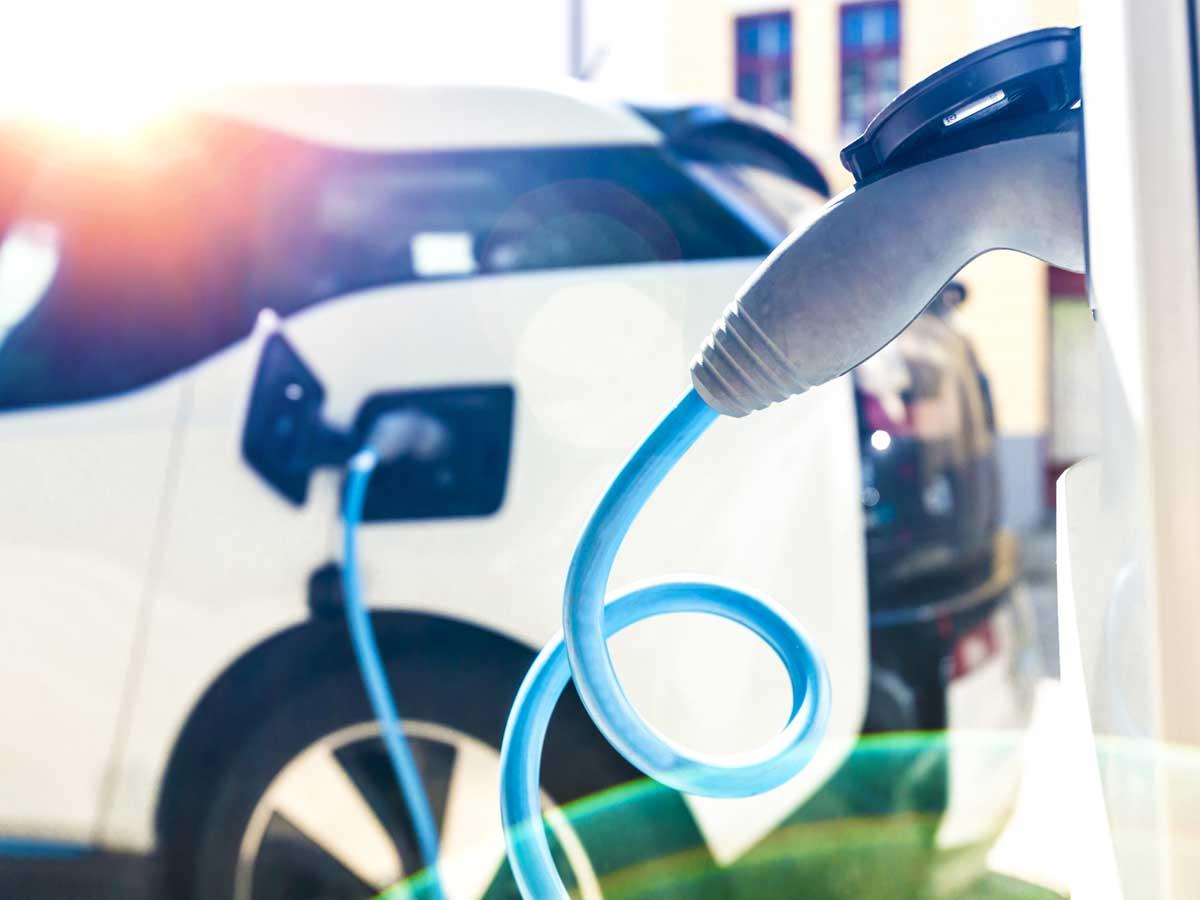 Que no te engañen: el coche eléctrico sí que contamina