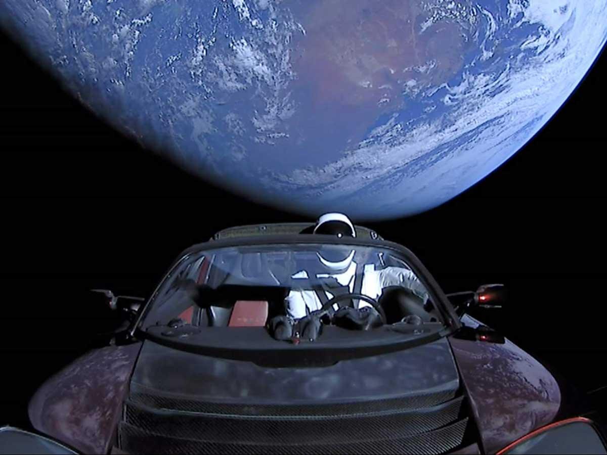 Tesla Roadster del espacio