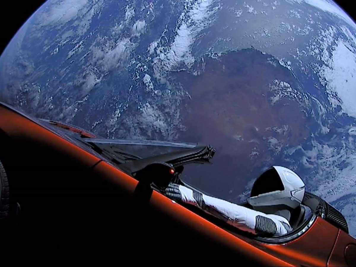 Tesla Roadster Starman espacio