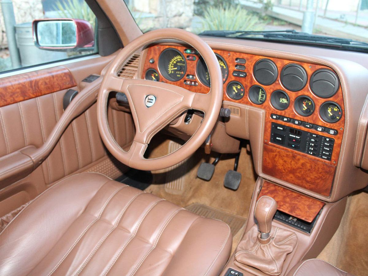 Lancia Thema 8.32 Ferrari