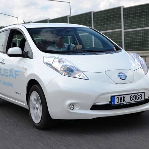 El mantenimiento que necesita un coche eléctrico